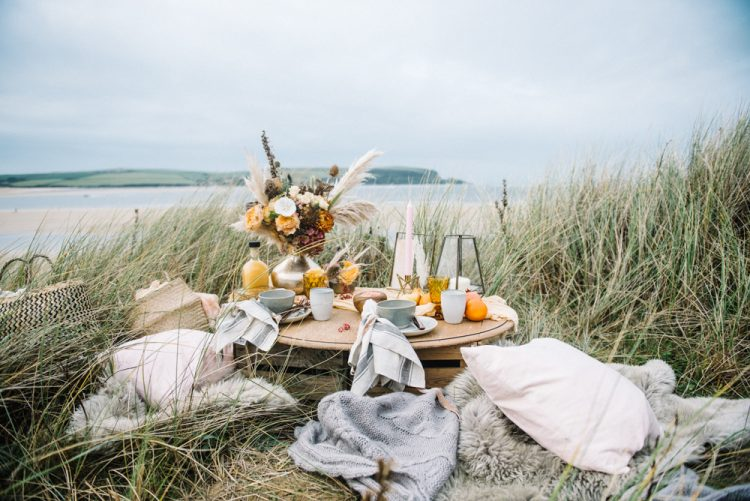 Charming Outdoor Autumn Wedding Inspiration