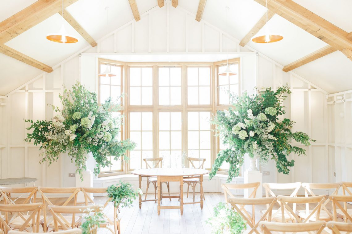 How To Decorate Your Wedding Ceremony With Statement Flowers