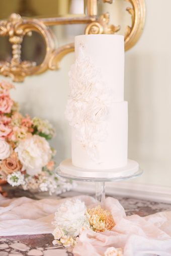 romantic floral wedding cake by monannie
