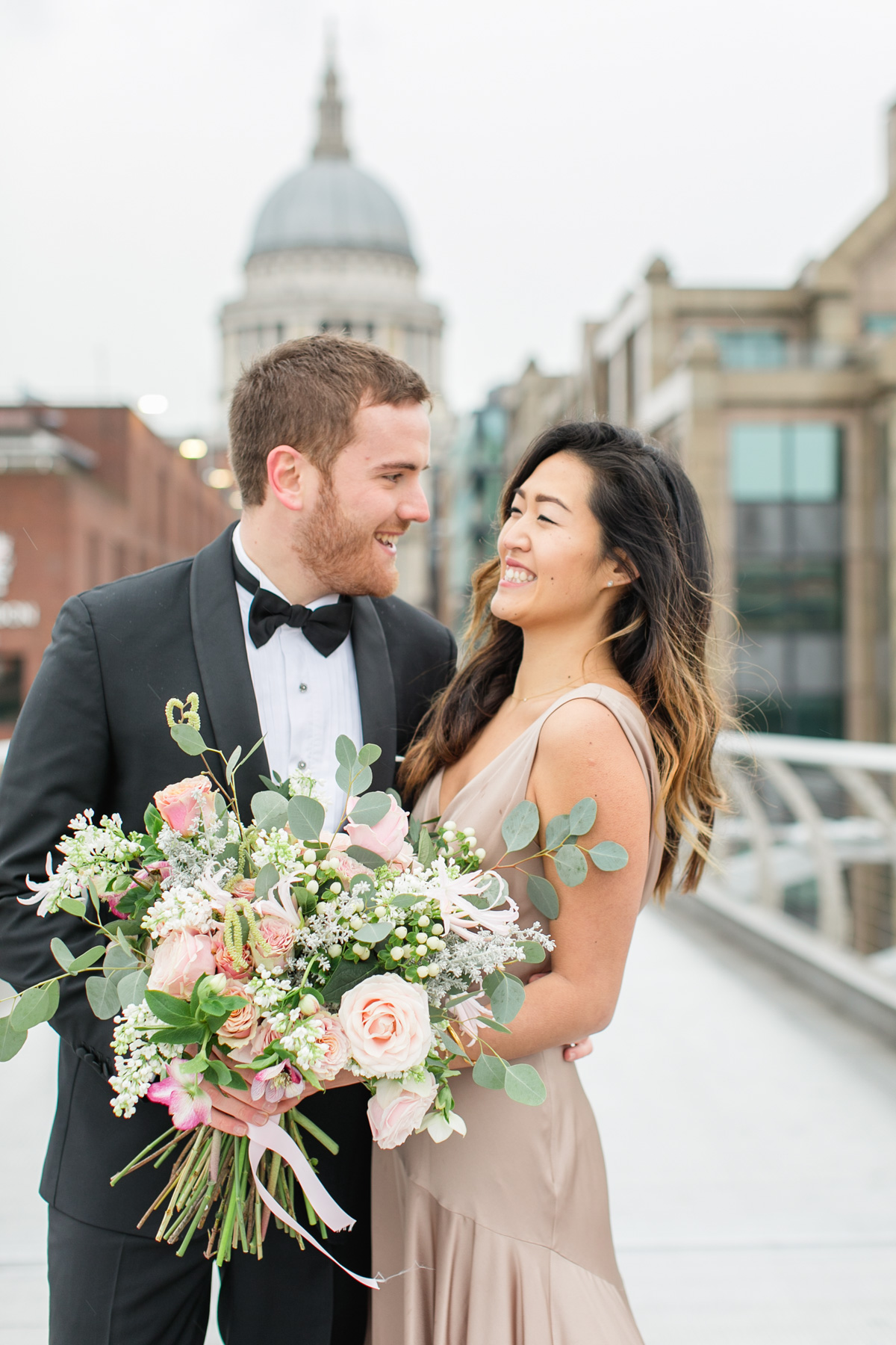 Floral Bouquets Trends For 2019 2020 Weddings Bloved Blog