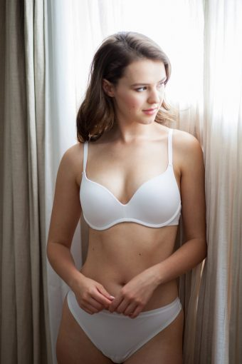 everyday lingerie white t-shirt bra wonderbra