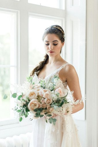 timeless romantic bridal bouquet with roses