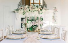 classic wedding table styling