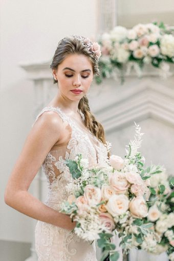 timeless and romantic bridal style