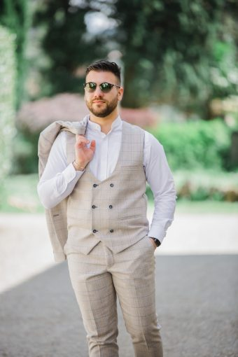 relaxed groom fashion