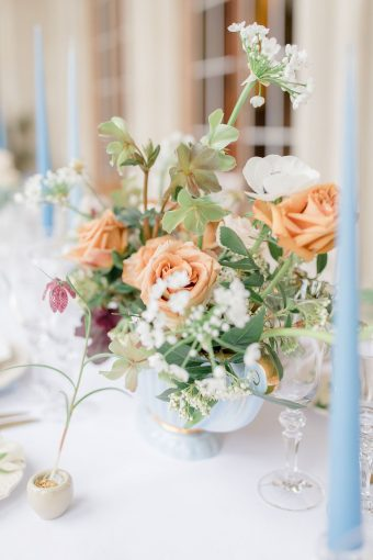 english-springtime-wedding-inspiration