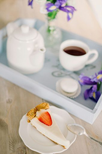 breakfast tray with tea and flowers
