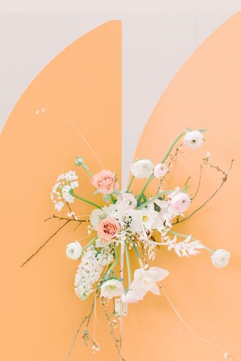 romantic and feminine spring wedding flowers
