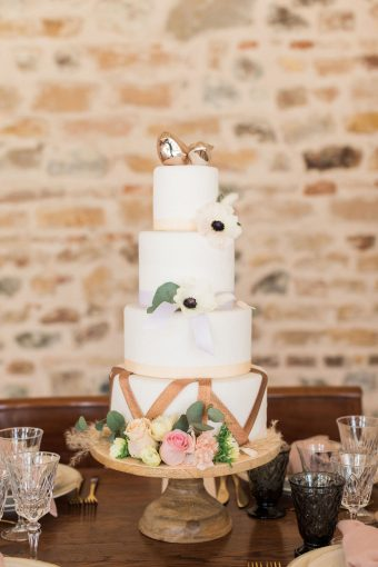 modern rustic wedding cake with gold detail