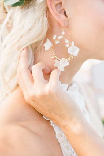 white and gold bridal earrings