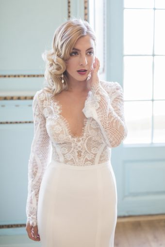 lace bridal dress