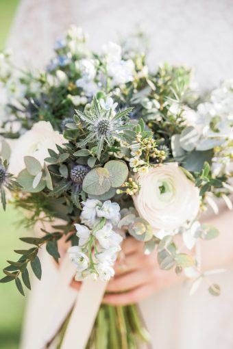 foam-free bridal bouquet