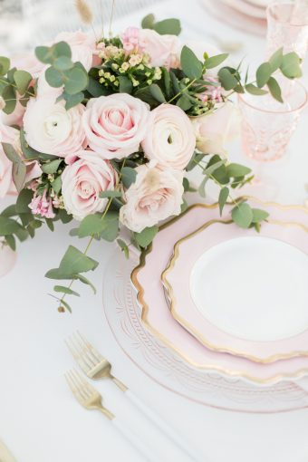 pink romantic table setting