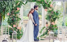 tropical floral arch for wedding